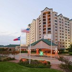 Embassy Suites Hotel DFW Airport North/Outdoor World