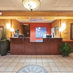 Foto de Holiday Inn Express Oklahoma City Airport - Meridian Avenue