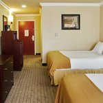 Photo de Holiday Inn Express Hotel & Suites Natchitoches