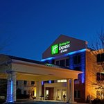 Holiday Inn Express Mebane照片