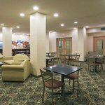 Photo de Holiday Inn Express Hotel & Suites Martinsville