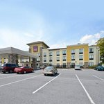 Photo of Comfort Suites Amish Country