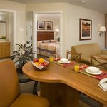 Candlewood Suites Fayetteville의 사진