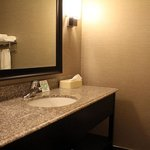 Holiday Inn Express and Suites - Bradfordの写真