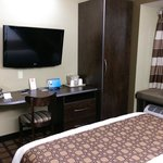 Photo de Microtel Inn & Suites by Wyndham Kalamazoo