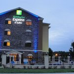 Holiday Inn Express & Suites Atlanta East-Lithoniaの写真