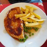 meat pie chips & peas