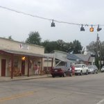 """This is the town of UNO, Ky; the """"other"""" Momma LOU'S"""
