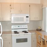 fully furnished kitchen with full size appliances