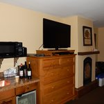 The Turret Room #417 - I bought the picture above the fireplace