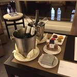 The Westin Melbourne resmi