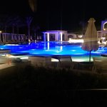 Pool with entertainment in the evening