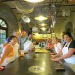 ภาพถ่ายของ Torre del Tartufo Cooking Vacations Tuscany