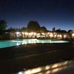 Vue de la piscine By Night
