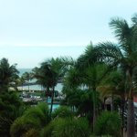 Foto de Embassy Suites Dorado del Mar Beach Resort