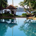 Thavorn Beach Village & Spa resmi