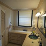 Bathroom area in room 2