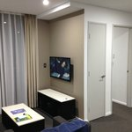 Photo de Meriton Serviced Apartments North Ryde
