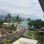 Photo de Courtyard King Kamehameha's Kona Beach Hotel