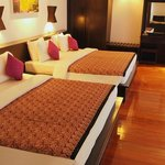 Tropical Tara Suite-2 king size bed
