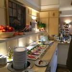 FABULOUS breakfast buffet