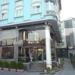 Photo of Hotel Bulvar Palas