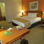 Photo de DoubleTree by Hilton Hotel Atlanta Airport