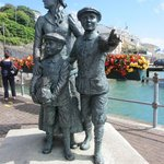 The memorial statue to the Irish Imigrants who left this harbor.