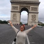 arch di triuph is a lovely 20 minute walk from the Louvre down the champ d' leysses