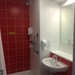 Foto de Travelodge Bromborough Hotel