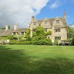 Photo de The Cotswold Plough Hotel & Restaurant