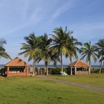 St. James Court Beach Resort resmi