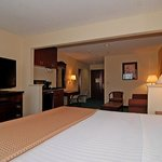 Photo of BEST WESTERN Fountainview Inn & Suites Near Galleria