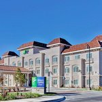 Photo de Holiday Inn Express Hotel  & Suites Banning