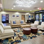 Foto Holiday Inn Express & Suites