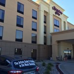Hampton Inn Hays-North of I-70 resmi