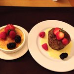 Creme brûlée and bread pudding. Must try!!