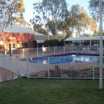 Photo de Outback Pioneer Hotel & Lodge - Ayers Rock Resort