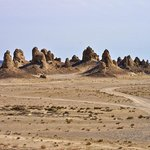 Photo de Trona Pinnacles