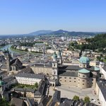 Photo de Salzburg's Old Town