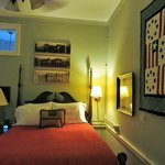 The Dinsmore House Bed & Breakfast resmi