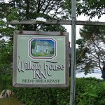 Willow House Inn resmi