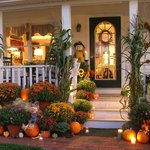 "Come Fall ""Inn"" Love"