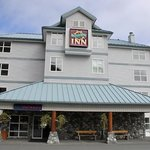 Quarterdeck Inn Port Hardy