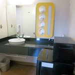 Room 146 -large counter, few towels