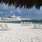 Фотография Abaco Beach Resort and Boat Harbour Marina