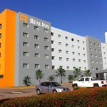 Fachada Real Inn Villahermosa