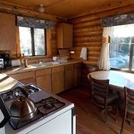 kitchen cabin 9