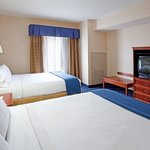 Foto de Holiday Inn Express and Suites
