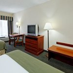 Foto de Holiday Inn Express Hotel & Suites Grenada